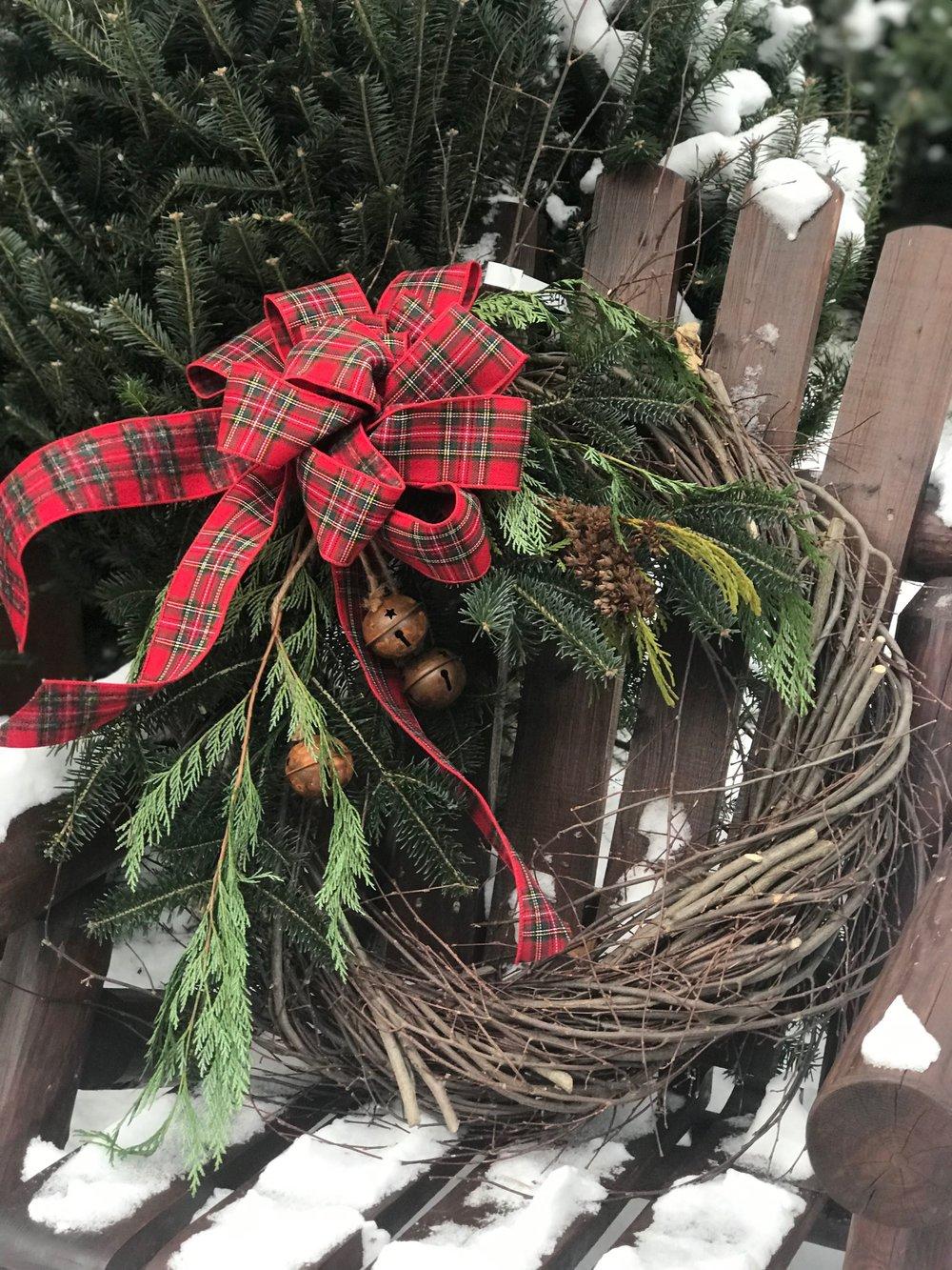 Grapevine design wreath
