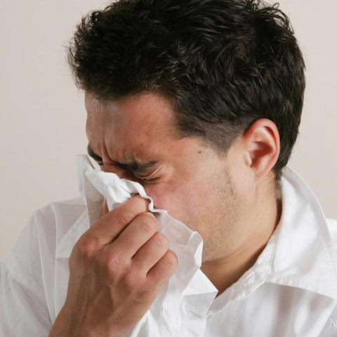 Man-Sneeze-Tissue-Sick-Flu.jpg