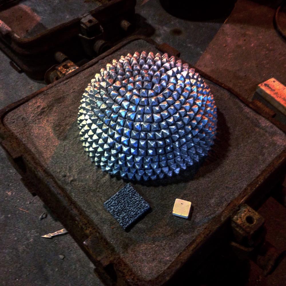 Sphere half_web.JPG