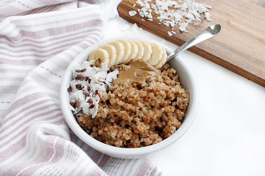 PALEO CAULIFLOWER RICE OATMEAL