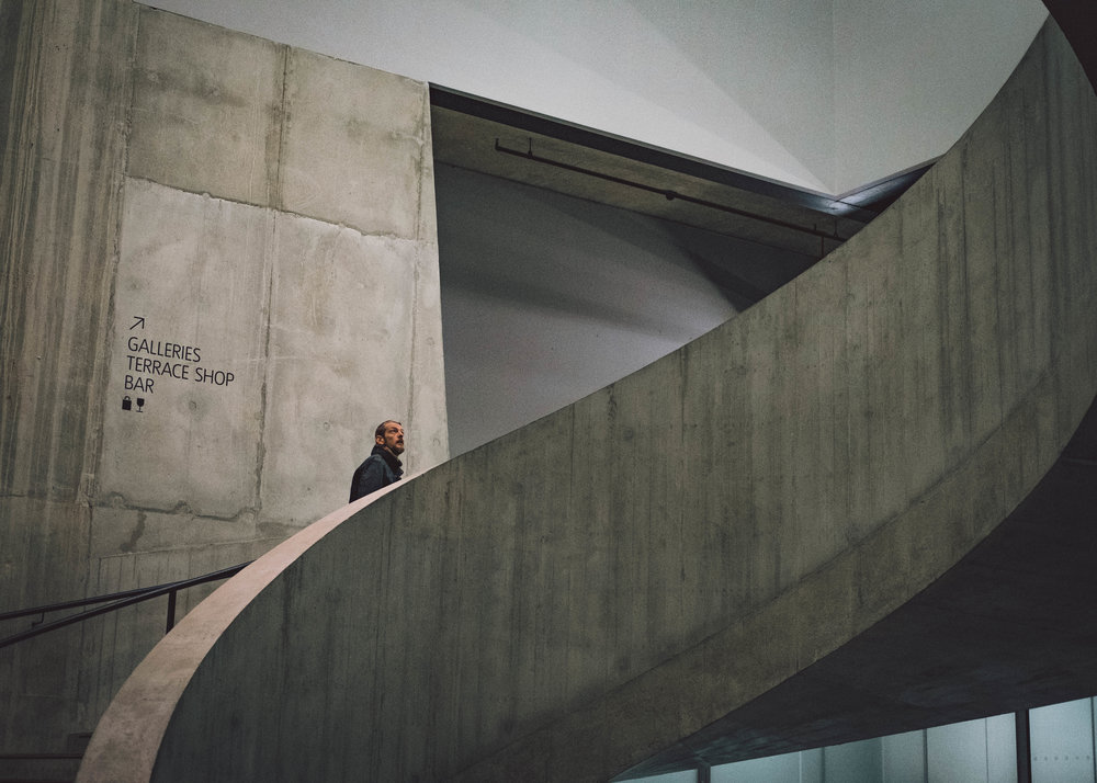 The Blavatnik Building at Tate Modern is the perfect place to practice working a scene.