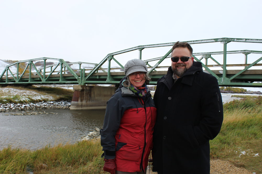 Margot Parkes and Lars Hallstrom at the Battle River on a snowy October morning.