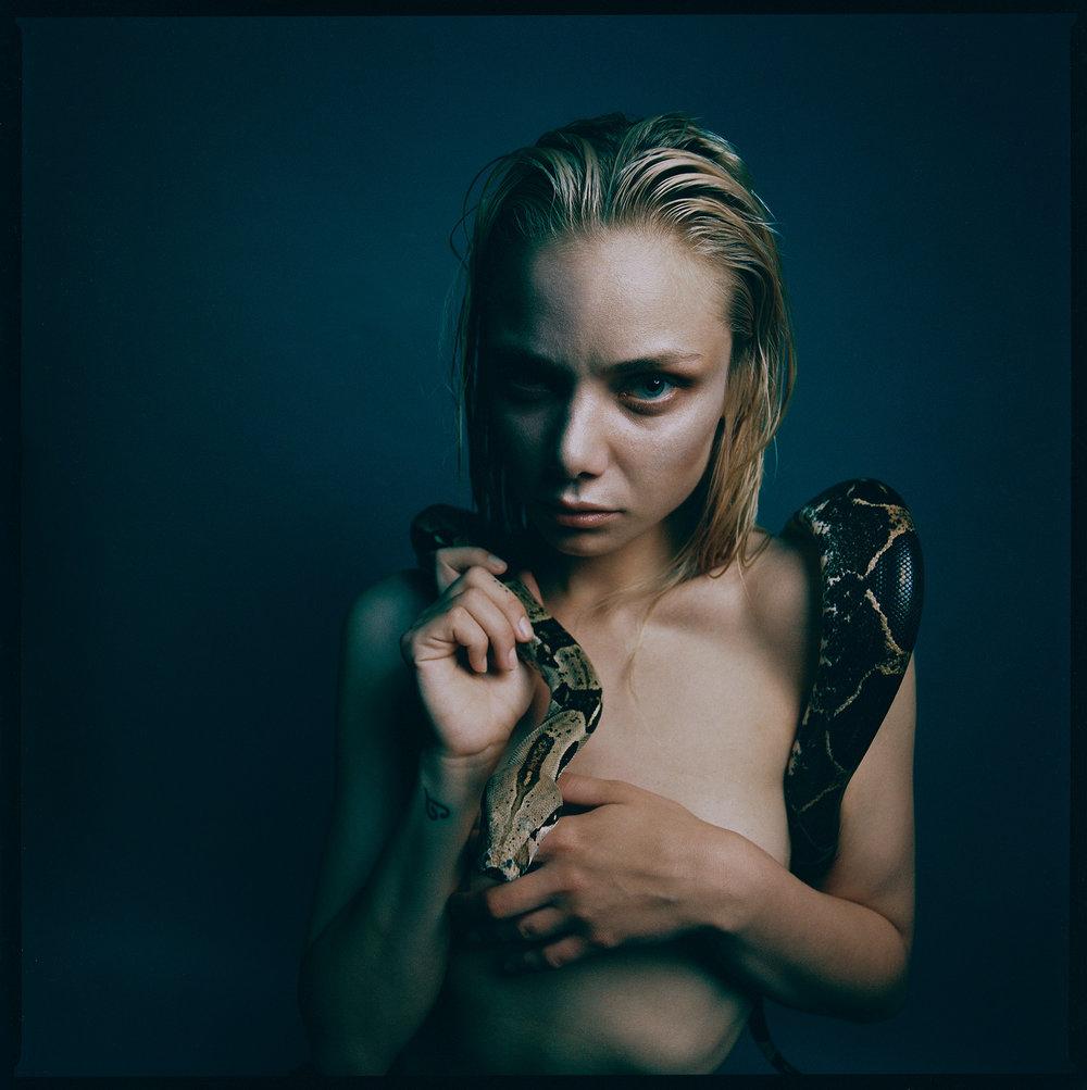 Tereza Snake1.jpg