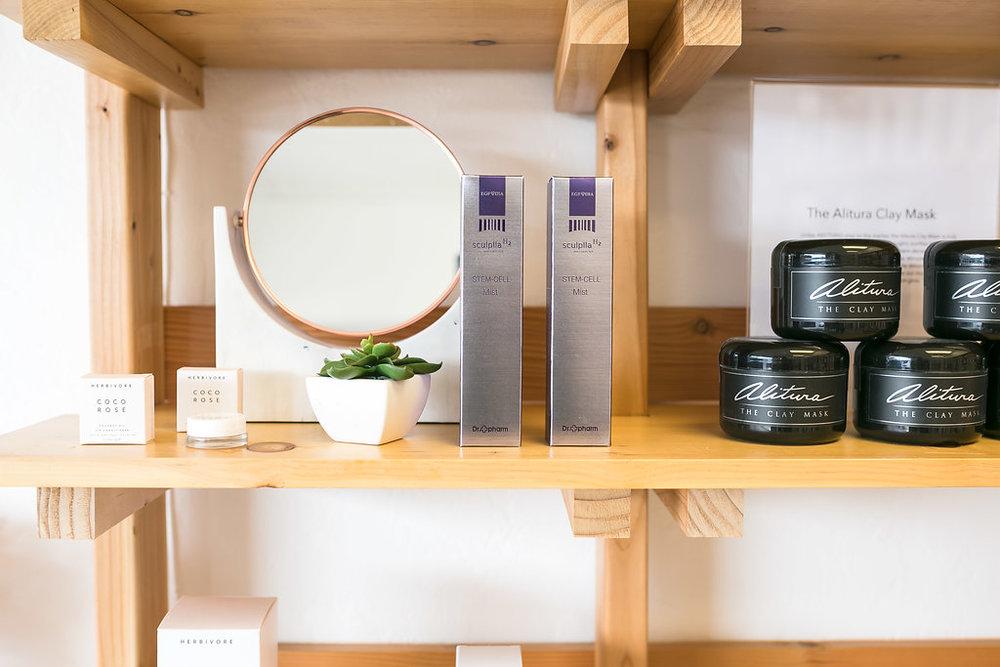 Maven Skin and Beauty Clean Beauty Skin c015are  Nail Salon  Organic Facials .JPG