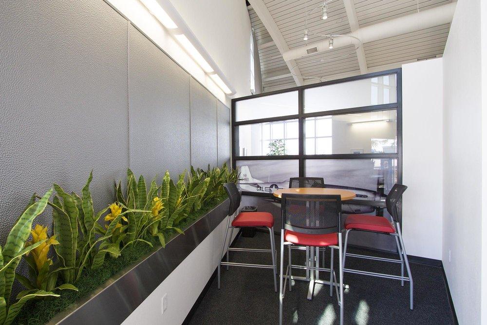 Haywood-Executive-Airport03.jpg