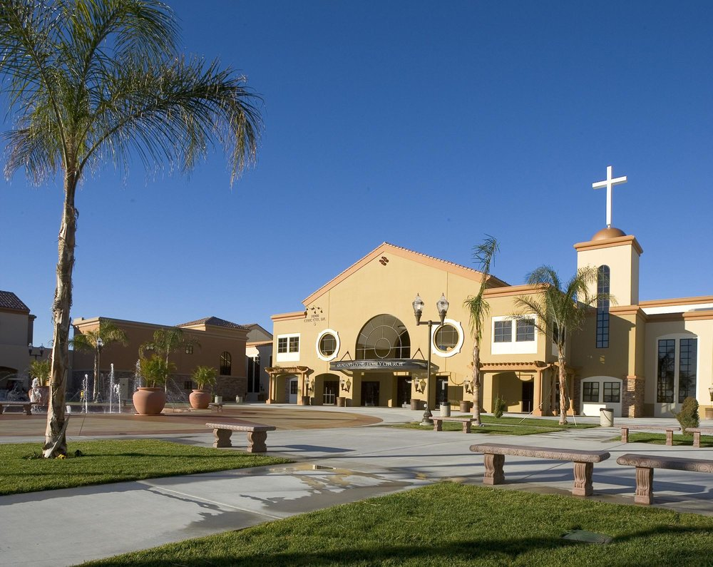 Abundant-Living-Family-Church08.jpg