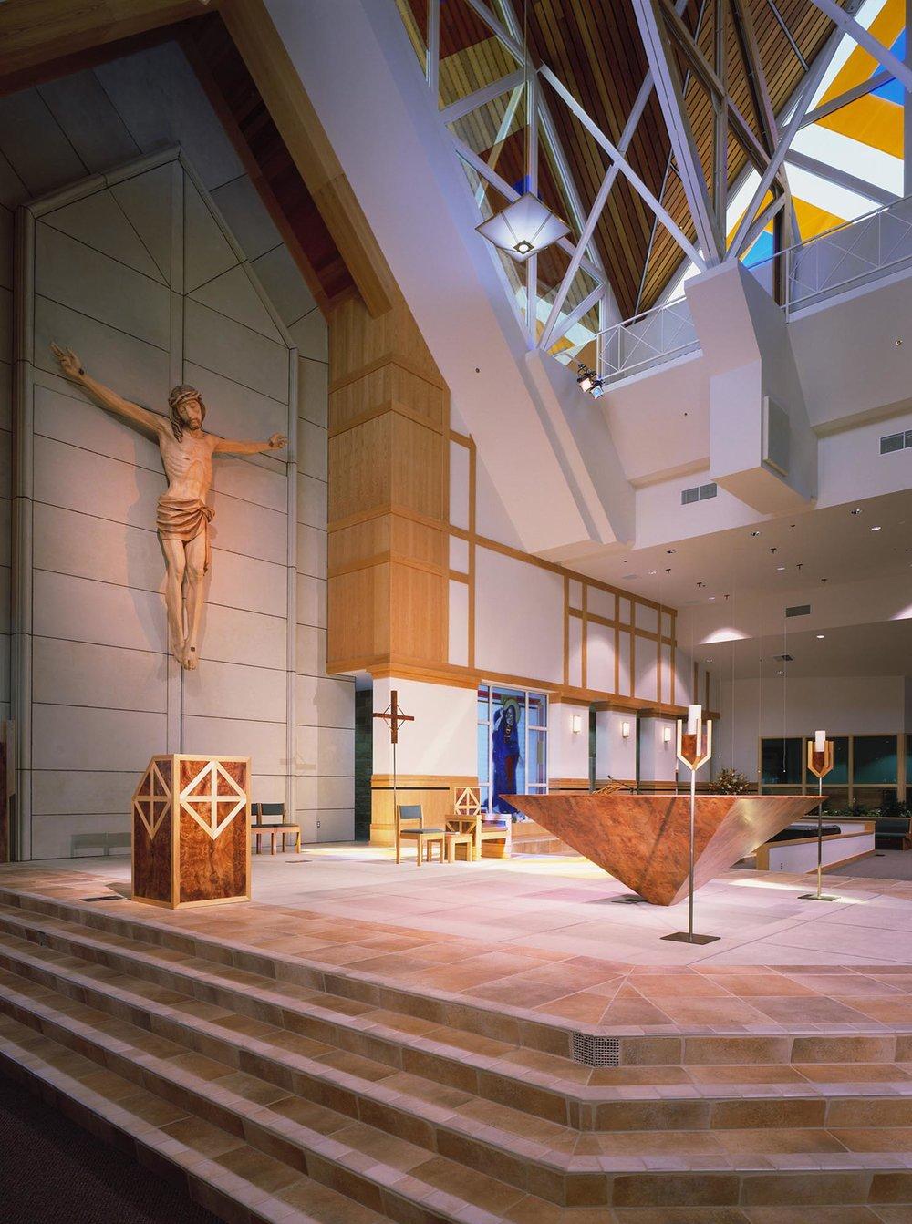 St-Paul-The-Apostle-Catholic-Church-01.jpg