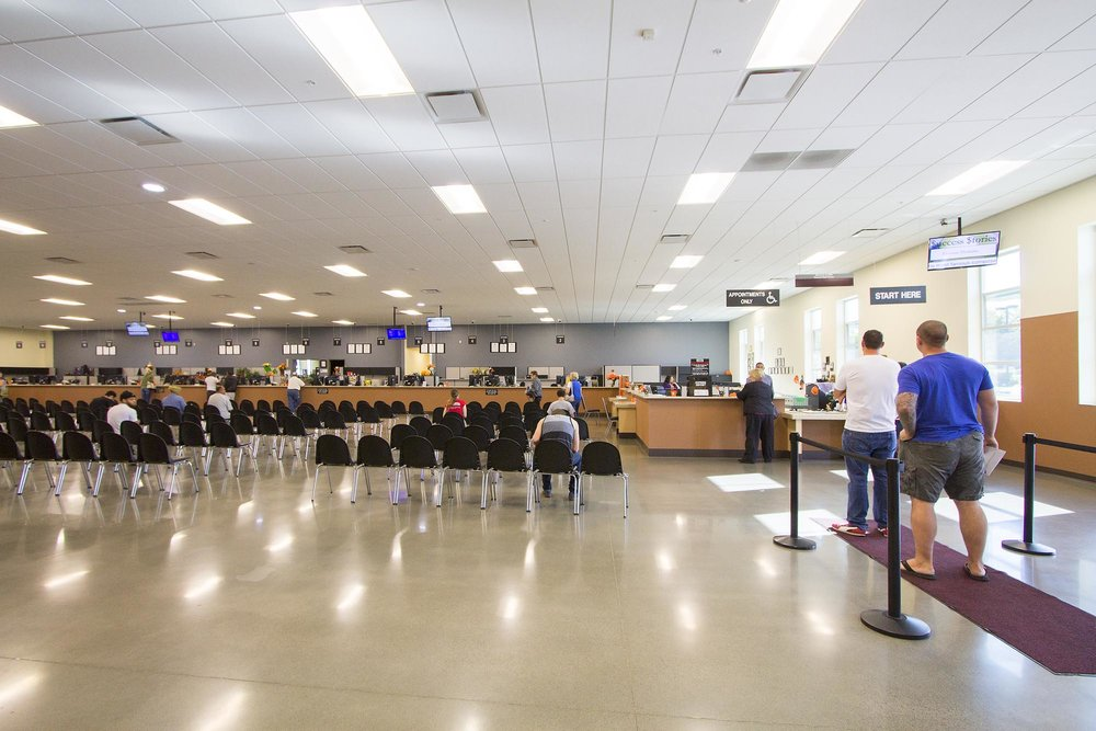 Roseville-DMV-02.jpg