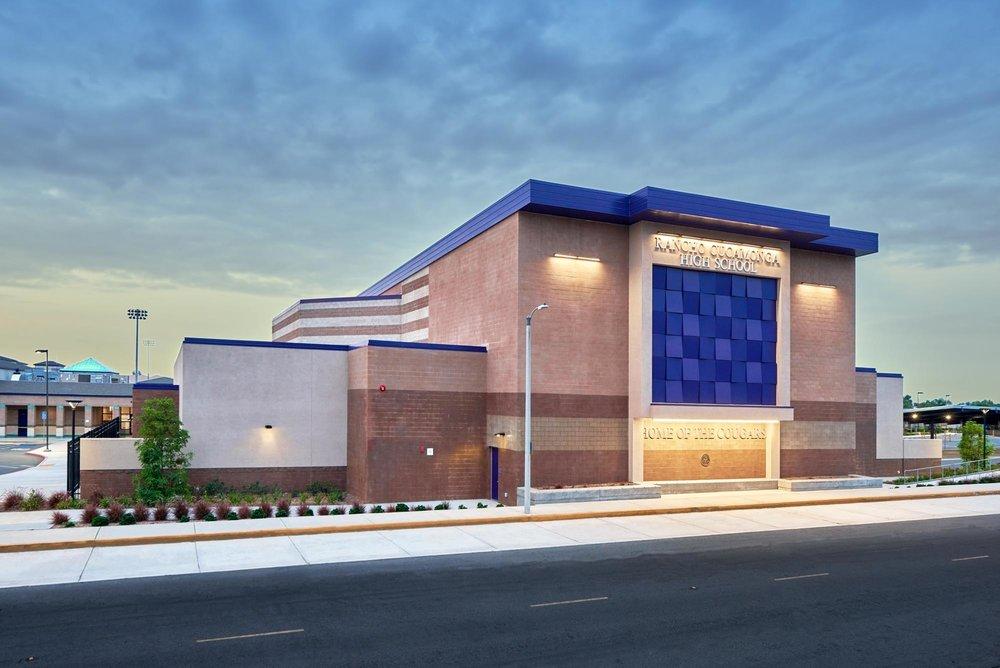 Rancho-Cucamonga-HS-Auditorium02.jpg