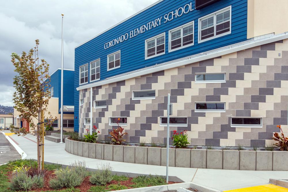 Coronado Elementary School 03.jpg