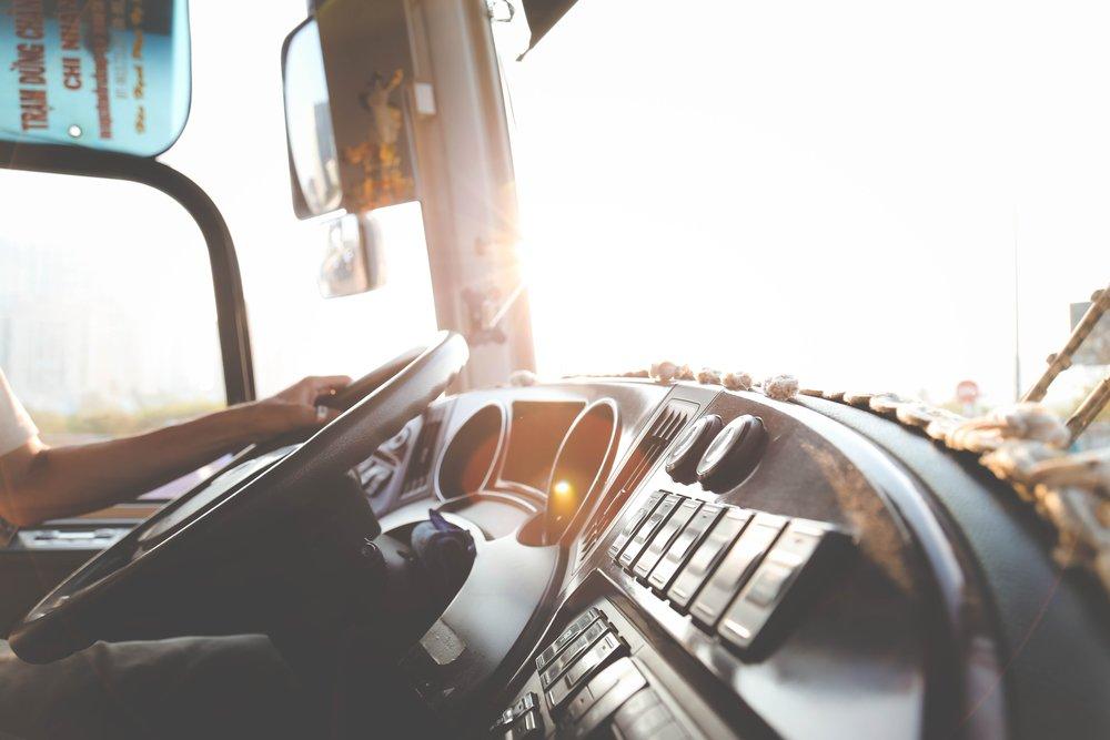 automobile-automotive-blur-977213.jpg