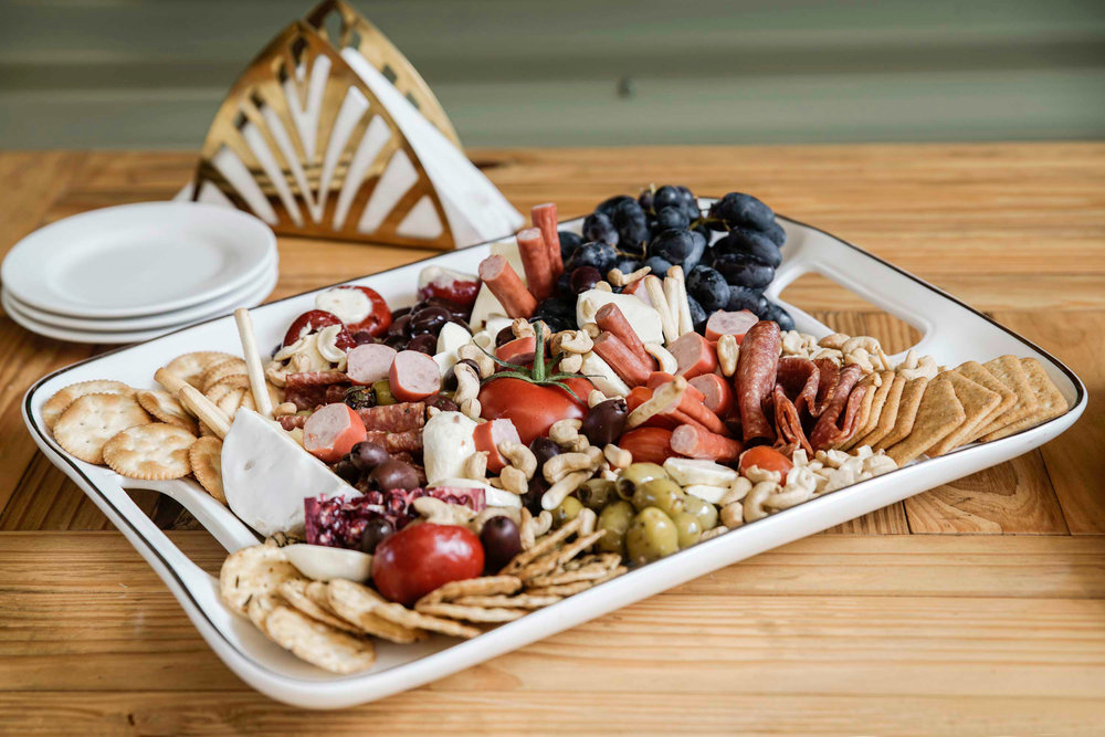 Lagoon-Creek-Cafe-and-Function-Room-ploughmans-platter.jpg