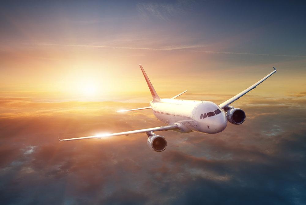 Commerical Plane.jpg