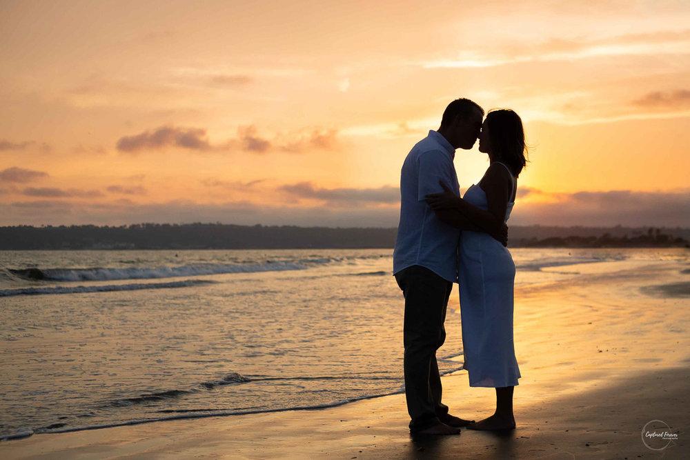 engagement-photos_engagement-portraits_sunset_beach_orange-county.jpg