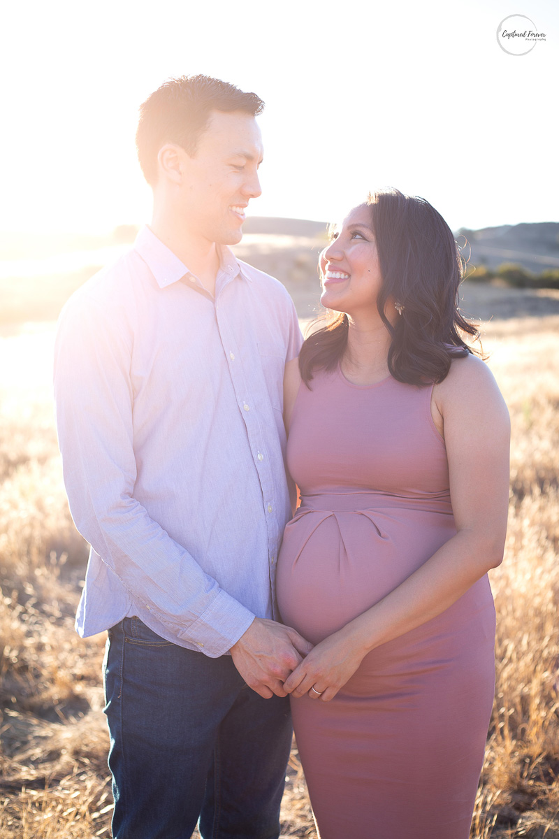 extended maternity session - $300 - 90 Minute Photoshoot2 Outfit ChangesAll High Resolution ImagesOnline Gallery with Digital Downloads