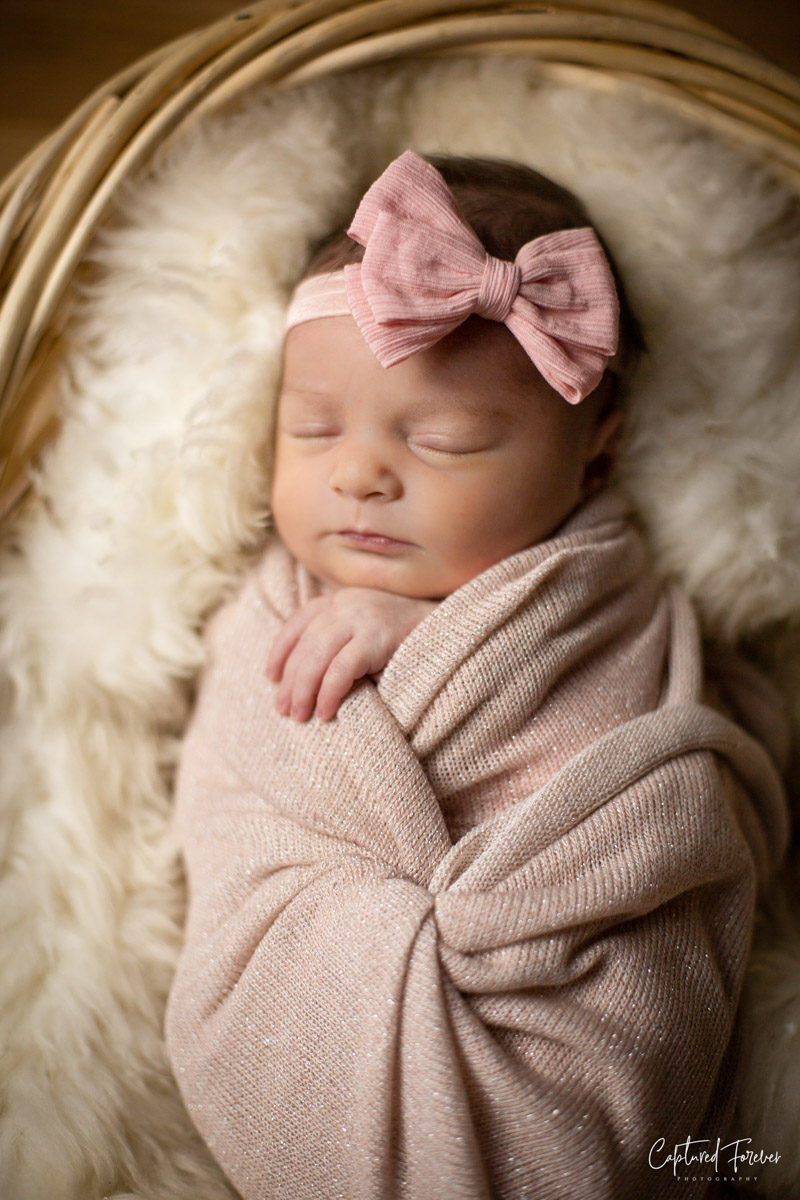 posed newborn session - $250 - The posed newborn session features just your newborn in the comfort of your home with our portable studio.-2-3 Hour In-home PhotoshootVariety of Looks and BackdropsAll High Resolution ImagesOnline Gallery with Digital DownloadsVIEW GALLERY
