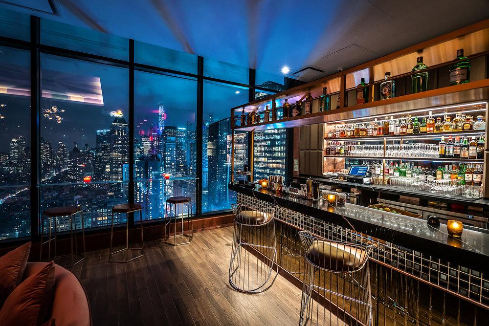 40th Floor | Sunrise Bar