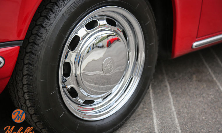 1969-porsche-911t-red-makellos-classics-chrome-vented-steel-wheels-15-inch.jpeg