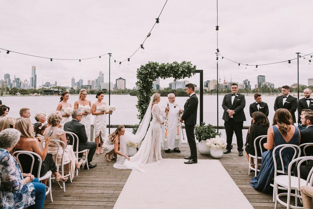 CAROUSEL WEDDING-25.jpg