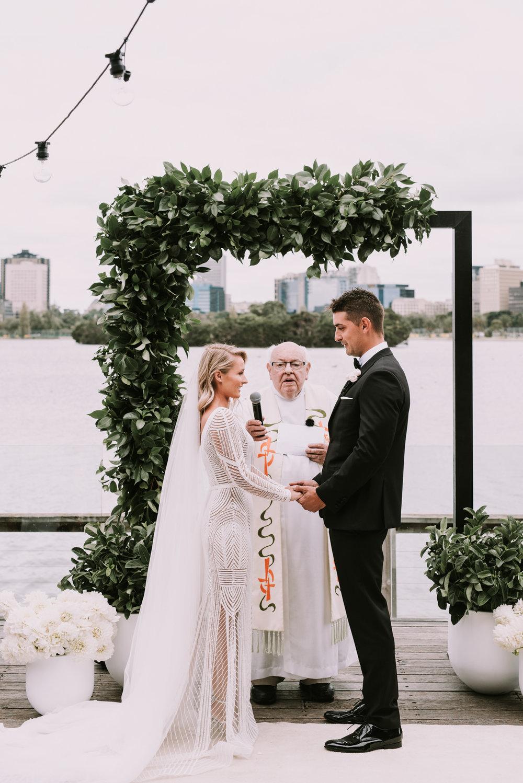 CAROUSEL WEDDING-28.jpg