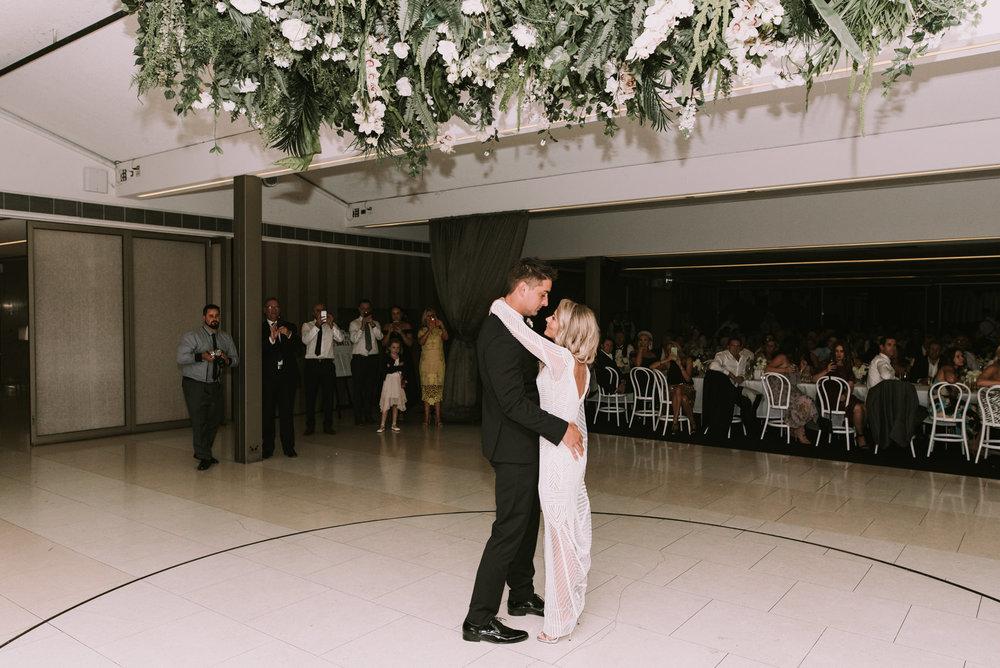 CAROUSEL WEDDING-79.jpg