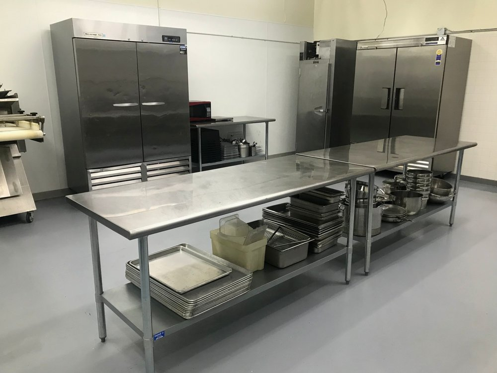 Cold Prep - 4 Cold Prepping tables are available to use when in the facility