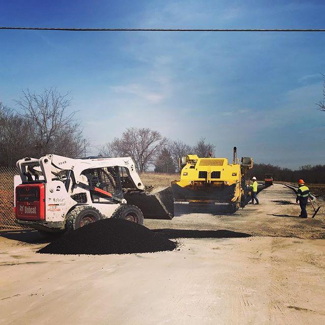 A work in progress - Bixby, Oklahoma . . . #makehaywhilethesunshines #asphaltpaving #bobcatequipment #bomagequipment #asphalt #heavymachinery #dirtyjobs