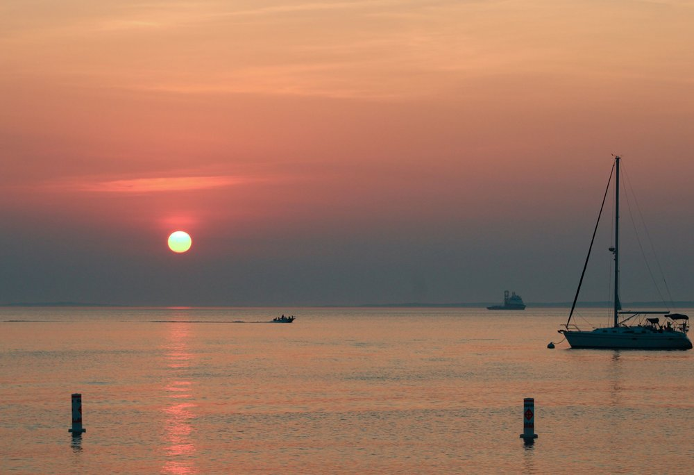 Menemsha_Marthas_Vineyard_Sailboat_Sunset.jpg