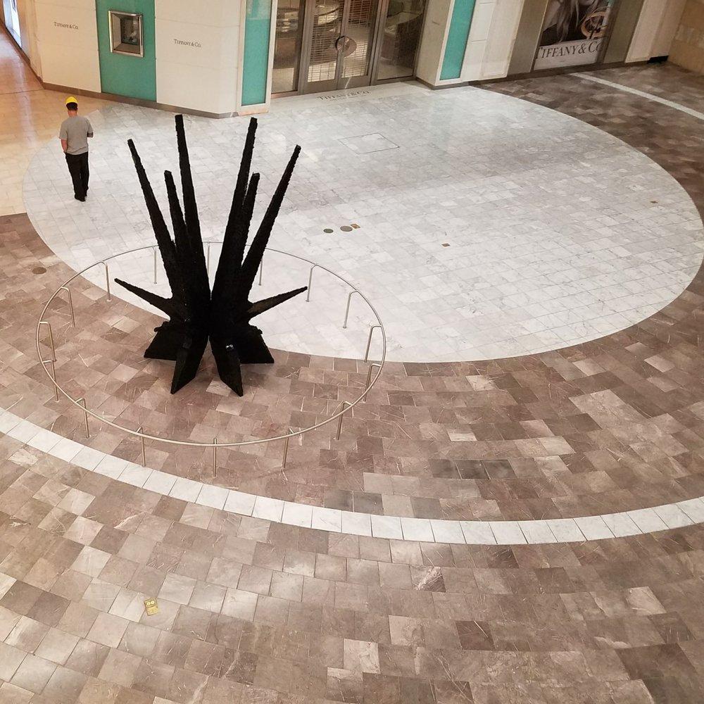 Garden State Plaza - sculpture installations