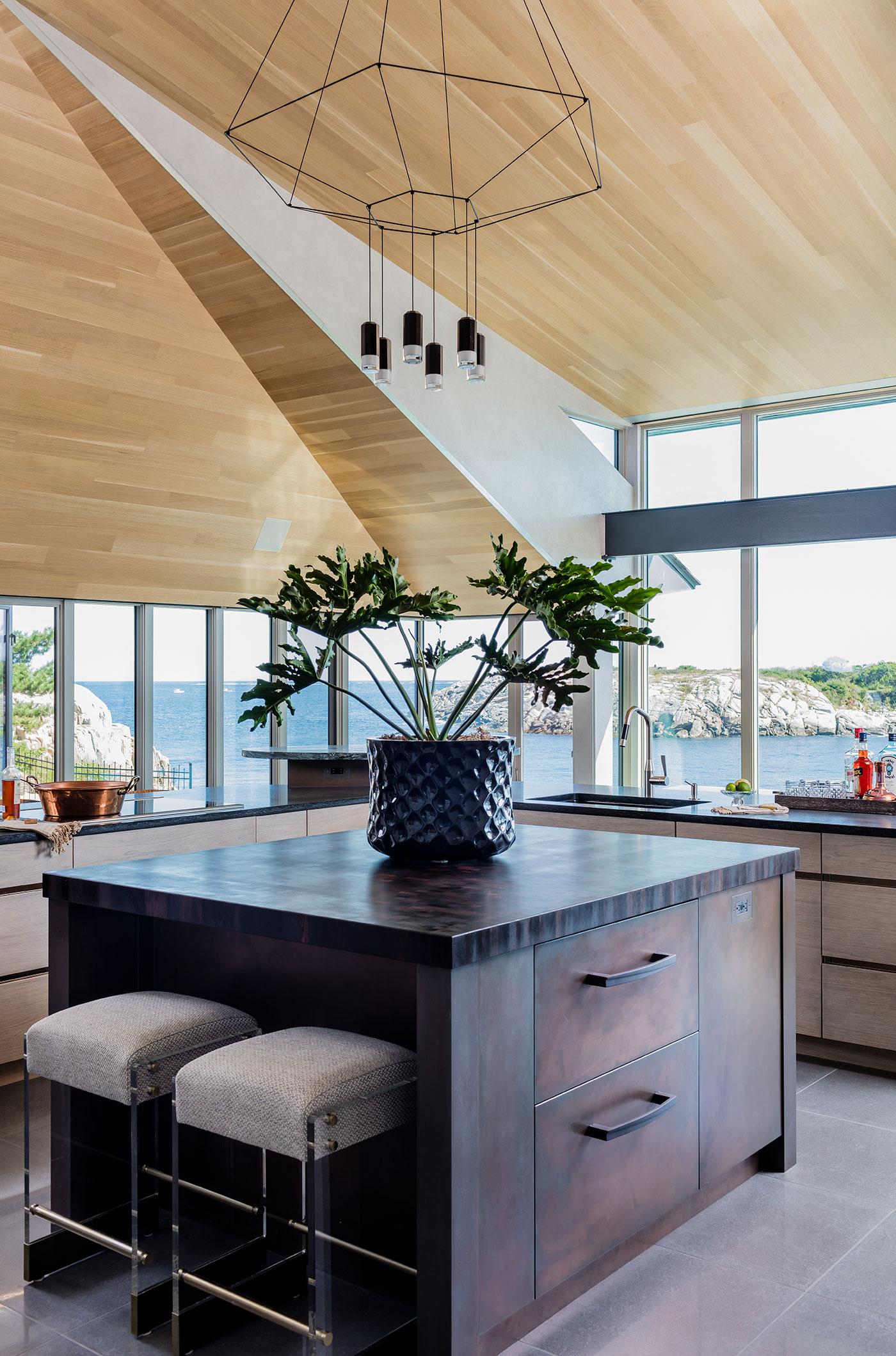 FIVE PROS ROCK COASTAL KITCHEN DESIGNS, Boston Design Guide ...