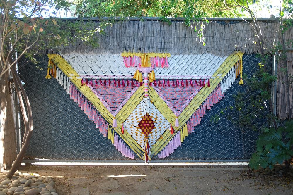 Navajo  - Big weaving on wire mesh - Venice, Los Angeles, CA - USA | 2016
