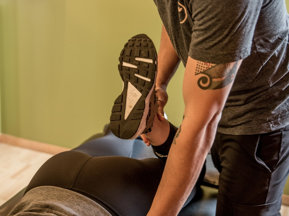 get out of knee pain fast. - Find the source. Correct the movement.