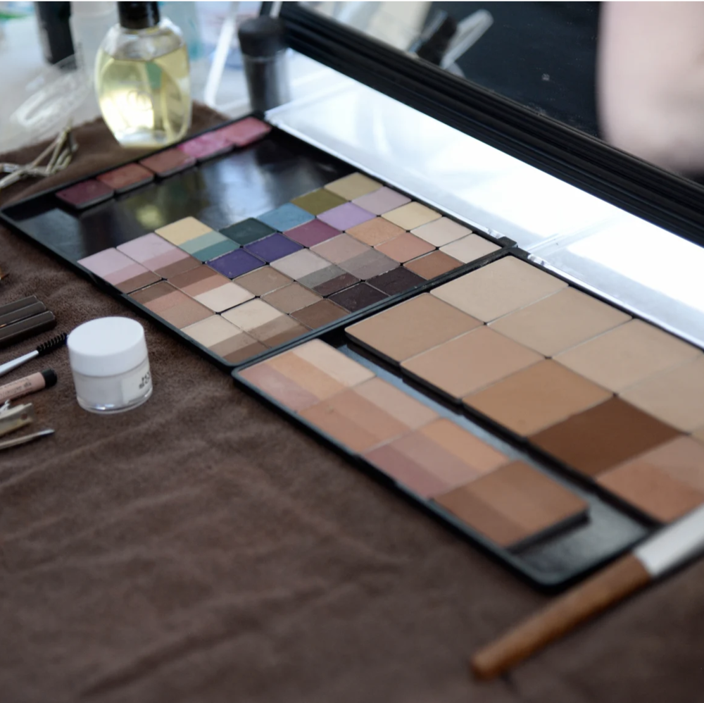 fashionista.com - 8 Common Fear-Mongering Natural Beauty Marketing Claims, Fact-Checked