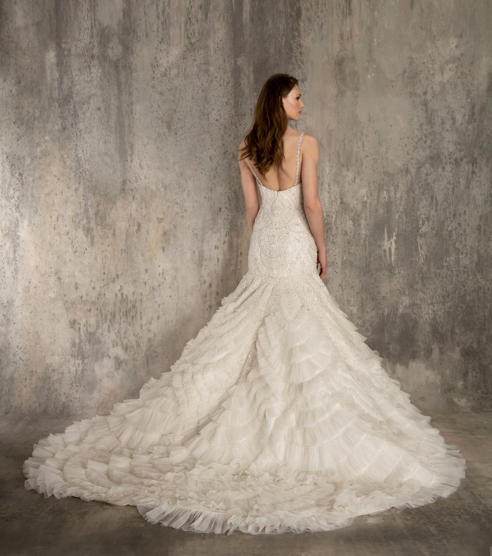 EF611 BACK ENAURA BRIDAL.jpg