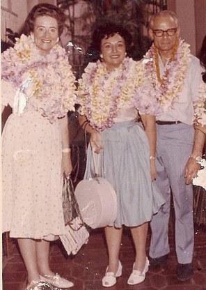 Terri Richmond (center) with Nelda and Clifford Clinton on vacation. Photo courtesy of Ray Richmond