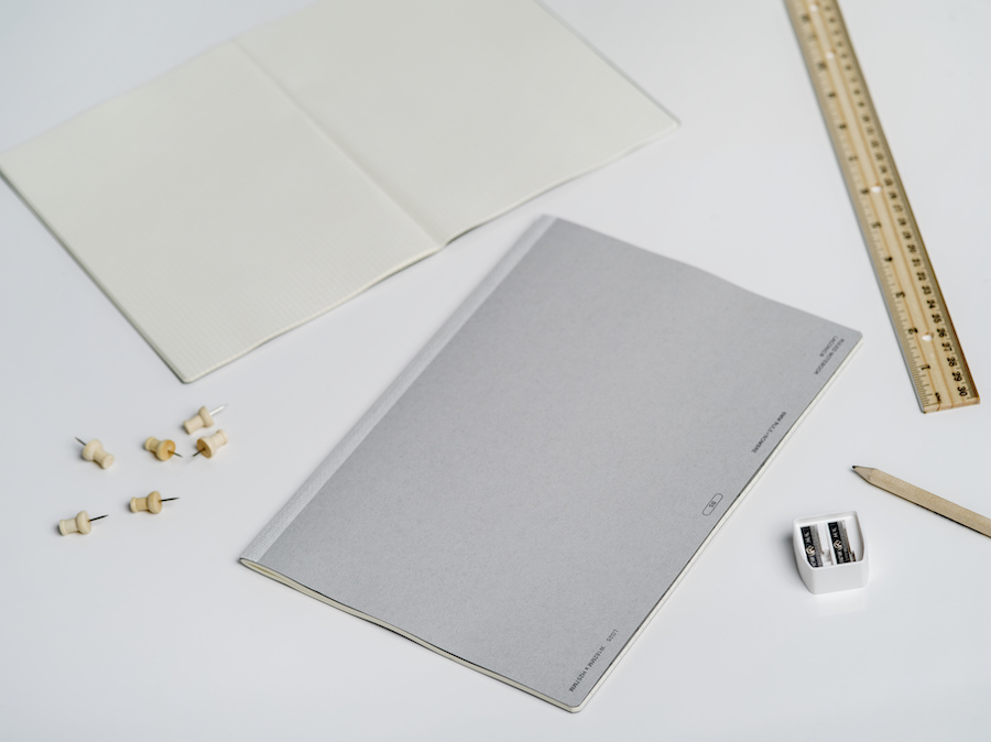 NOMBRE NOTE - SKU# Gray (45-2110-80)Material: PaperProduct Dimensions: 7.2
