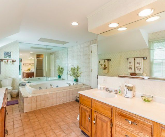 Bathroom adjoined to our King Suite