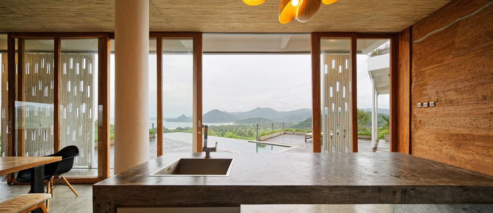 clay-house-budi-pradono-architects-architecture_dezeen_2364_col_8.jpg