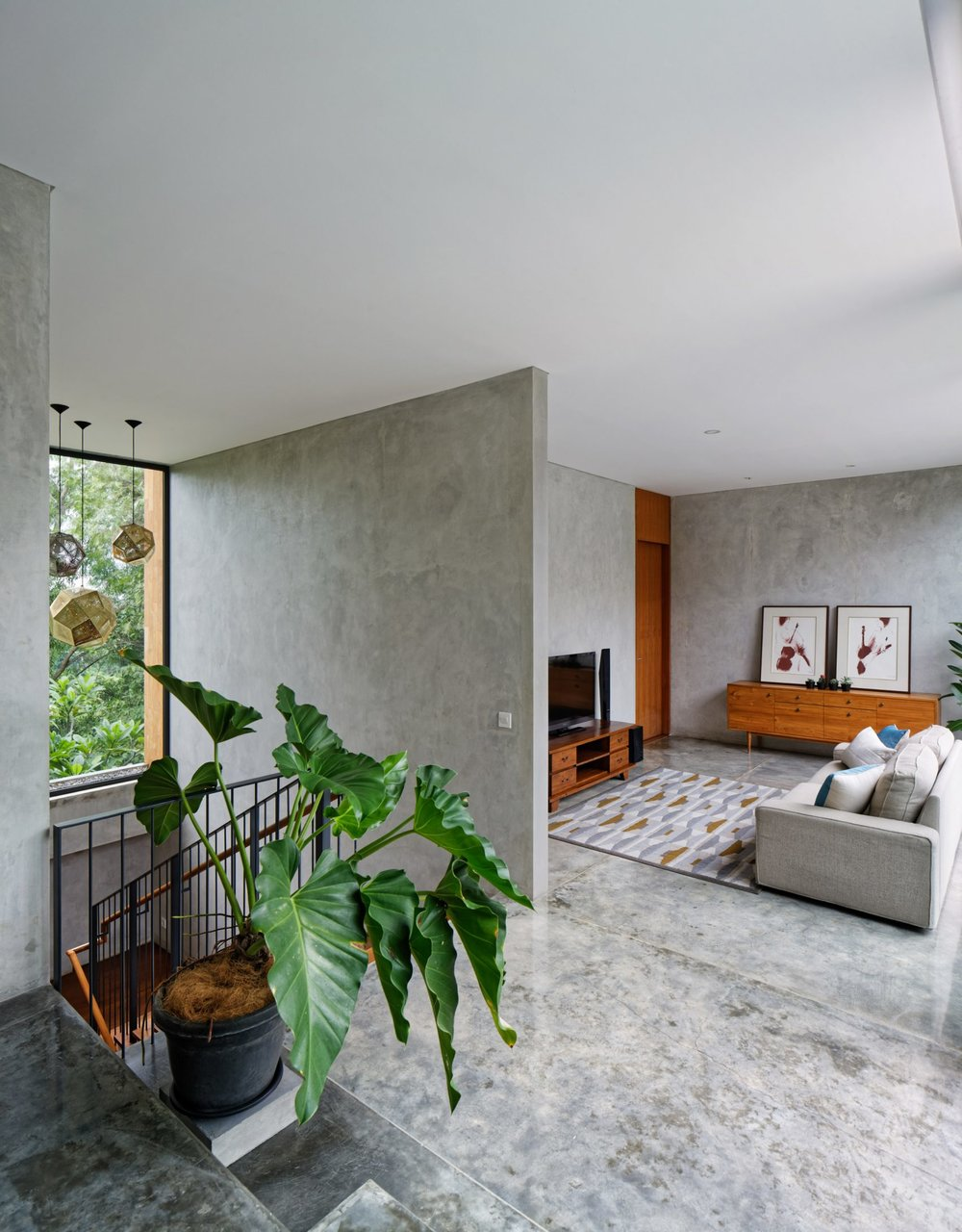 house-inside-outside-tamara-wibowo-architecture-residential-indonesia_dezeen_2364_col_20-1704x2181.jpg