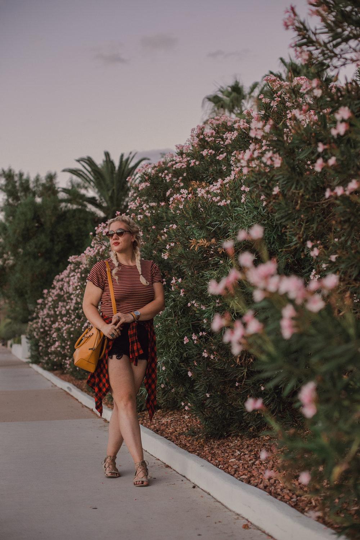 The garden solarias, rachel smak, american eagle, desert photo shoot-3.jpeg