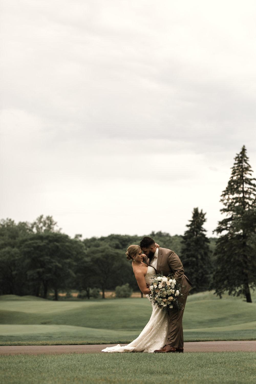 dellwood country club wedding*, Dellwood Country Club*, golf course wedding*, green golf course*, rose pink wedding details*-www.rachelsmak.com17.jpg