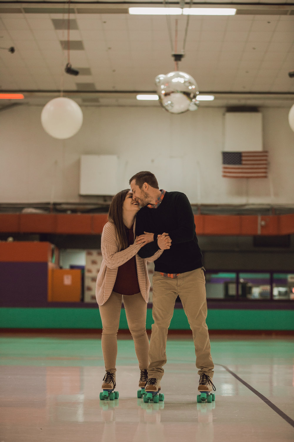 roller rink engagement session, wooddale fun zone engagement session, roller skate engagement session, minneapolis cafe lucrat engagment session, cafe lucrat engagement session, minneapolis minnesota engagement session-www.rachelsmak.com11.jpg
