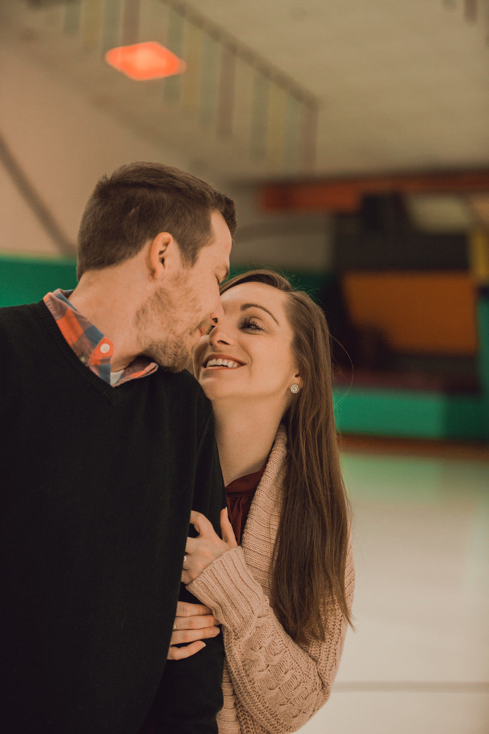 roller rink engagement session, wooddale fun zone engagement session, roller skate engagement session, minneapolis cafe lucrat engagment session, cafe lucrat engagement session, minneapolis minnesota engagement session-www.rachelsmak.com16.jpg