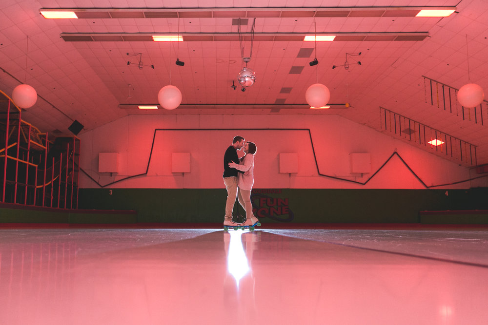 roller rink engagement session, wooddale fun zone engagement session, roller skate engagement session, minneapolis cafe lucrat engagment session, cafe lucrat engagement session, minneapolis minnesota engagement session-www.rachelsmak.com5.jpg