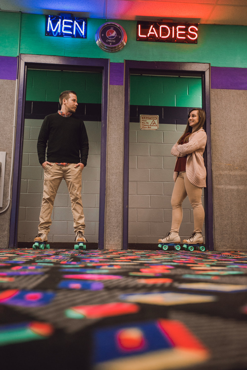 roller rink engagement session, wooddale fun zone engagement session, roller skate engagement session, minneapolis cafe lucrat engagment session, cafe lucrat engagement session, minneapolis minnesota engagement session-www.rachelsmak.com20.jpg