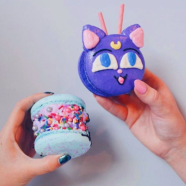 . CUTE‼️CUTE‼️CUTE😍💕 You can get cute character's macaron from Honey and Butter Macaron in Anaheim Japan Fair😋      . Date: May 25th, 2019 11:00am-8:00pm . Address: Center Street Promenade . #anaheimjapanfair#la#california#anaheim#japanesefestival#event#japanesefood #macarons #character #lafoodie #instafood #sweet