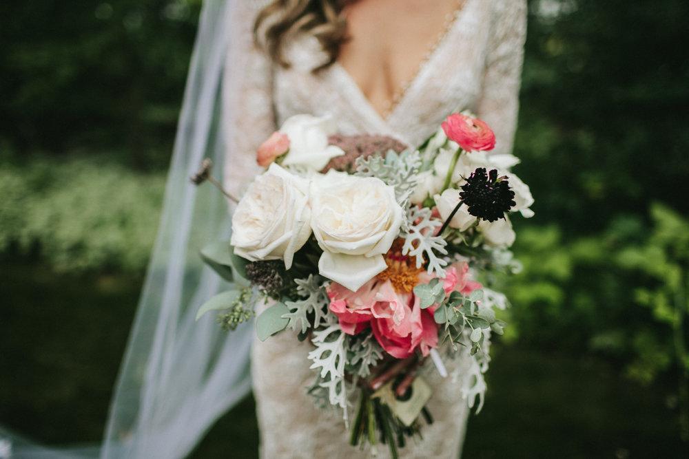 meghanrobert-woodnote-wedding-ladies-119-(ZF-3401-00277-1-030).jpg