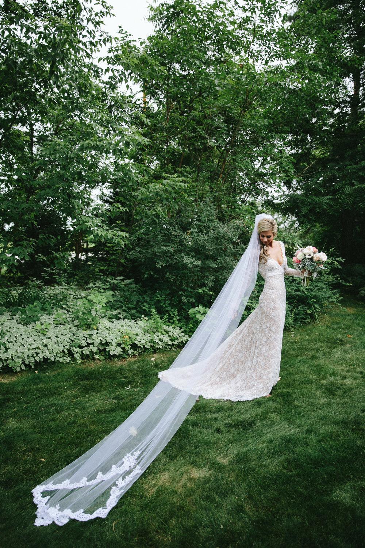 meghanrobert-woodnote-wedding-ladies-107-(ZF-3401-00277-1-026).jpg