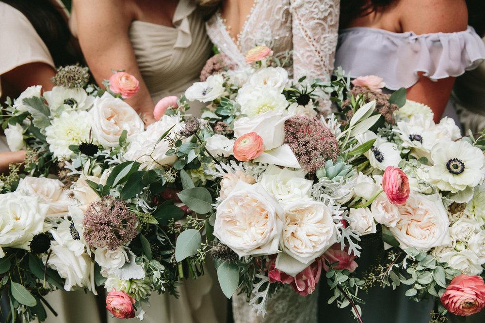 meghanrobert-woodnote-wedding-ladies-79-(ZF-3401-00277-1-022).jpg