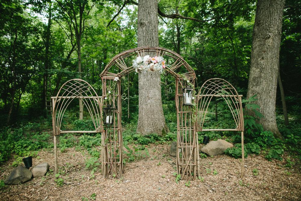 meghanrobert-woodnote-wedding-ceremony-7-(ZF-3401-00277-1-051).jpg